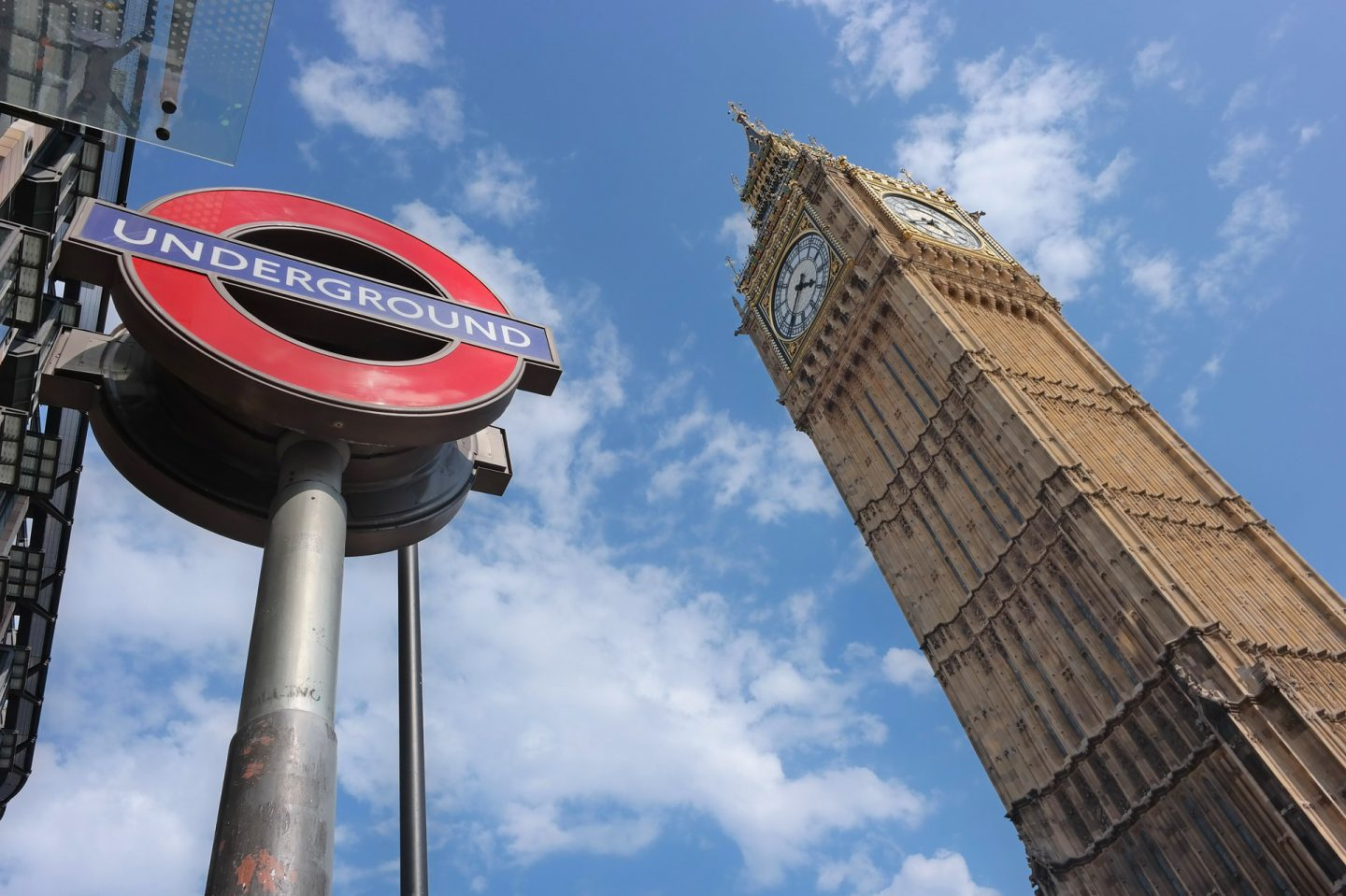 How to get around London: Oyster card, Travel card or Contactless?