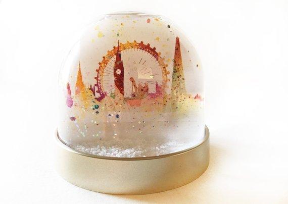 palla di vetro con interno di londra