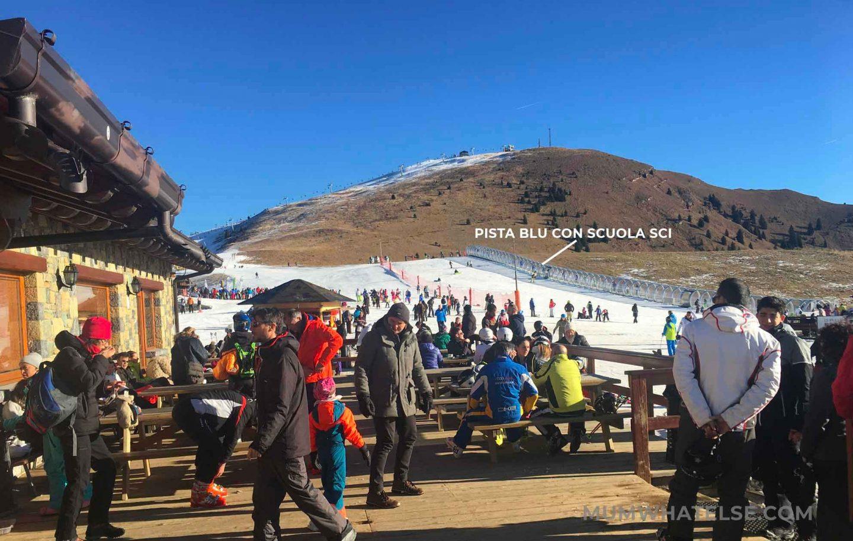 la pista blu dove i bambini fanno scuola di sci sul Monte Pora