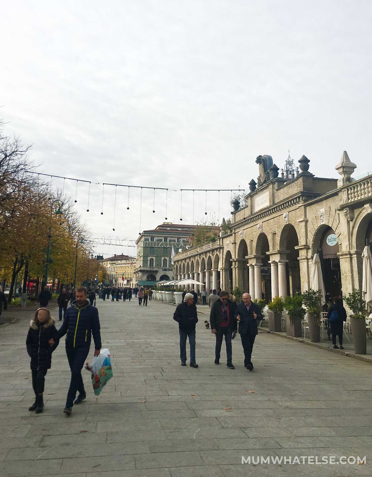 The Sentierone in Bergamo with people strolling